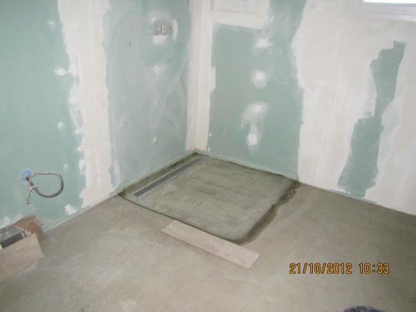 Douche italienne notre maison en vend e - Fabriquer receveur douche italienne ...